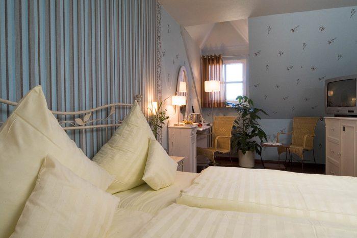Saarromantik Bett und SitzeckeDoppelbett