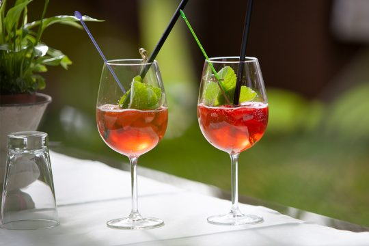 Wein und Getränke