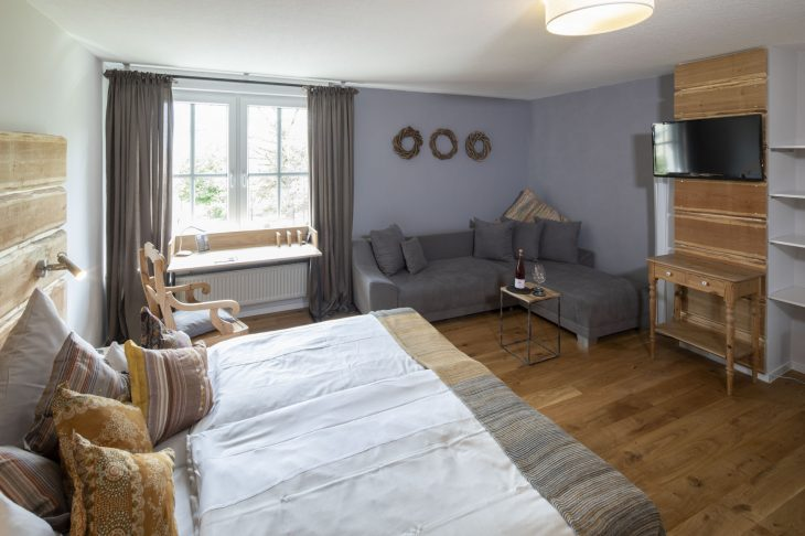 Landbursche 28 qm Zimmer